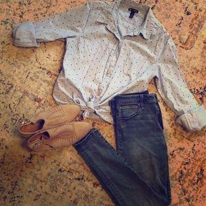 GAP boyfriend button up blouse/ size M